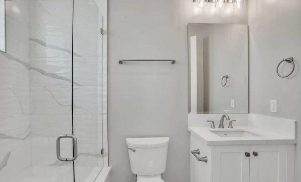 adu-bathroom