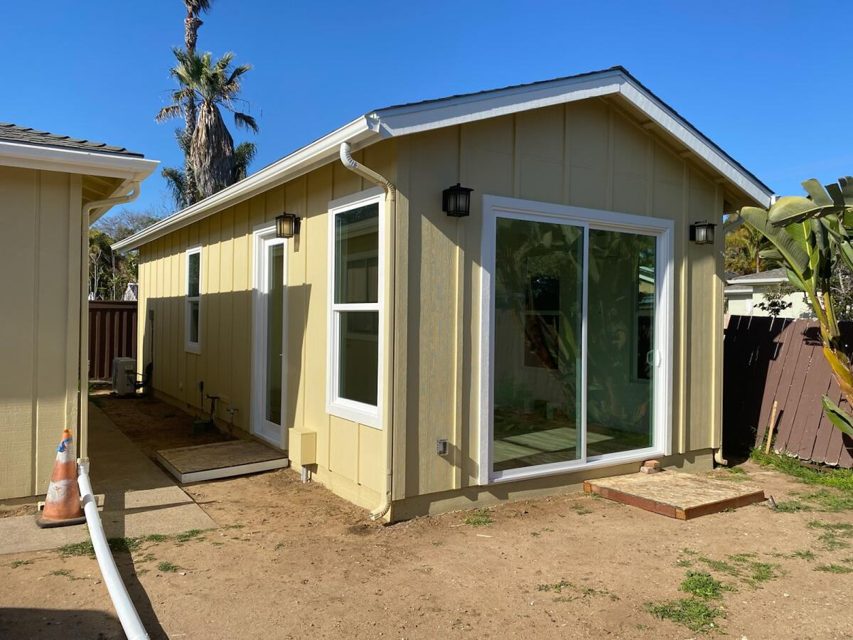 PRADU-Exterior-Siding-Yellow-Accessory Dwelling Unit